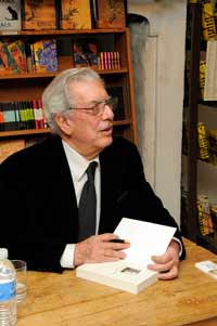 Mario Vargas Llosa during the book-signing event at Whistlestop Bookshop. Photograph by Pierce Bounds